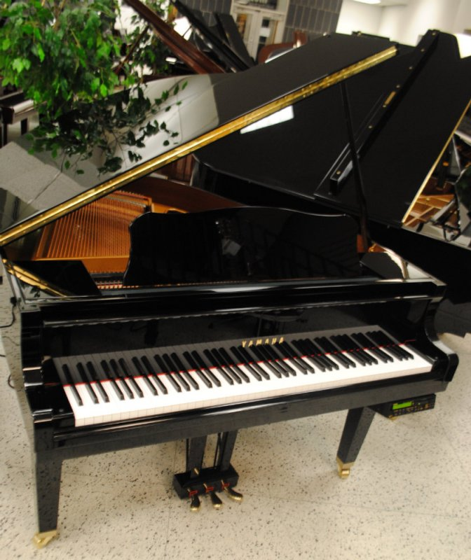 Yamaha baby grand piano with disklavier player for Yamaha disklavier grand piano