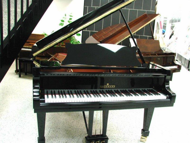 Black Grand Pianos Grand Piano 6 39 2 Black