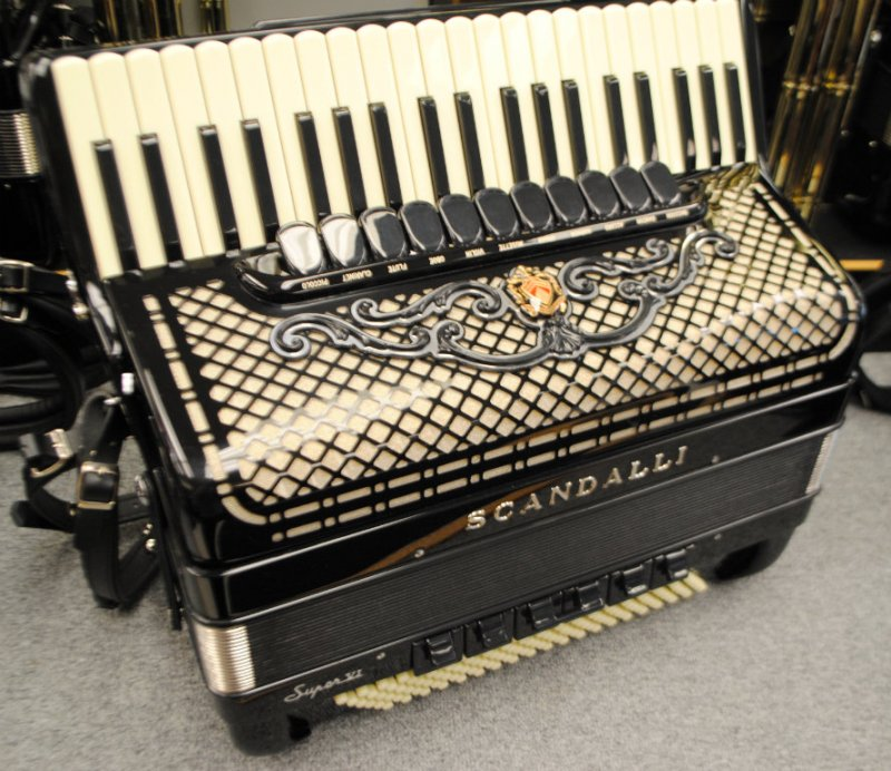 Scandalli Accordion Related Keywords & Suggestions