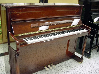 piano on used pianos used upright pianos schimmel upright piano. Black Bedroom Furniture Sets. Home Design Ideas